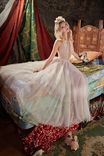 Dress third 1548680325