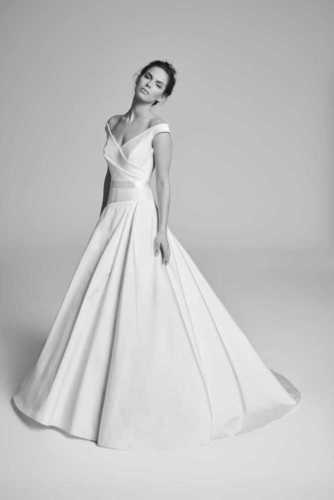 cavetto dress photo