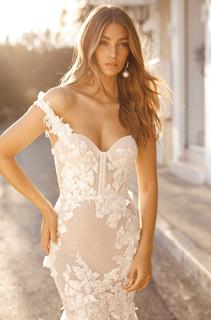style 19 - 101 dress photo 1