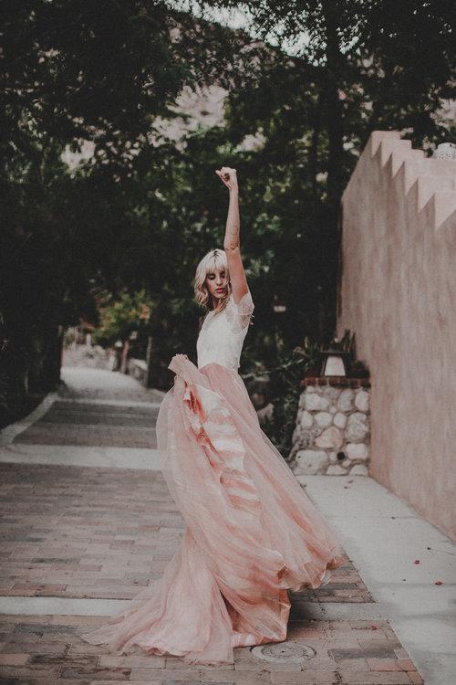 mae dress photo