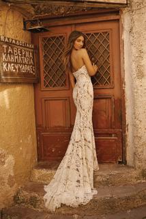 style 19 - 120 dress photo 2
