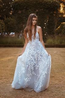 wilde dress photo 4