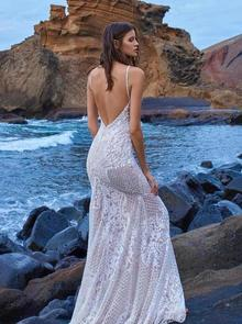 1009 dress photo 2