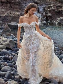 1010 dress photo 3