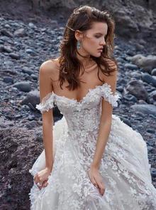 1010 dress photo 4