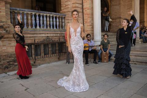 style 18 - 108 dress photo 1