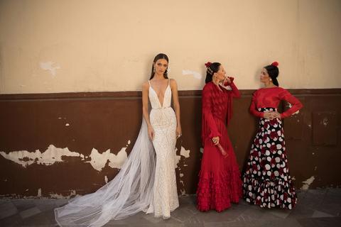 style 18 - 125 dress photo 3
