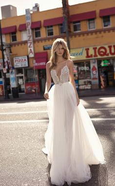 carly dress photo