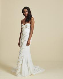 liona dress photo 1
