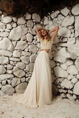 isra dress photo