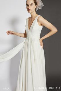arla dress photo 3
