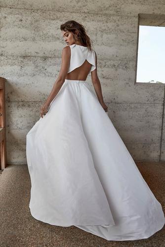 parker skirt & lo petal top dress photo