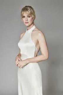 kin gown  dress photo 3