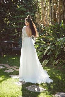 lily dress photo 3