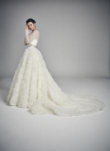 divine dress photo 3