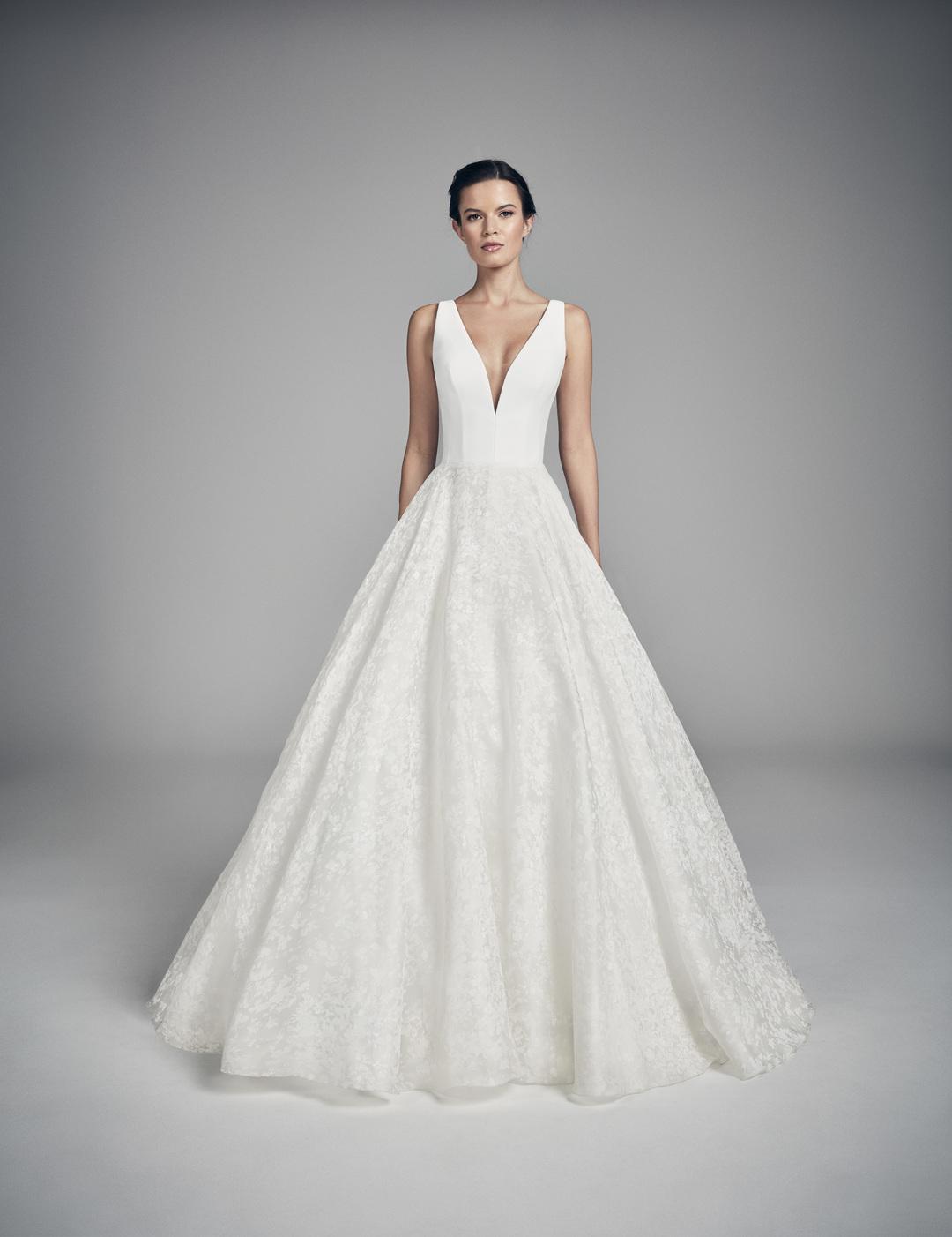 swan dress photo