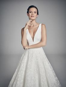 swan dress photo 2