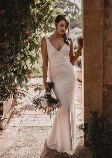 valencia  dress photo 3