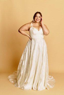kamy  dress photo