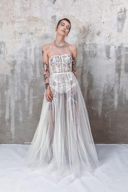 tulle skirt dress photo