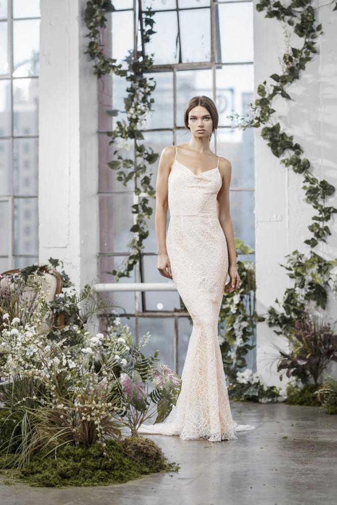 lana dress photo