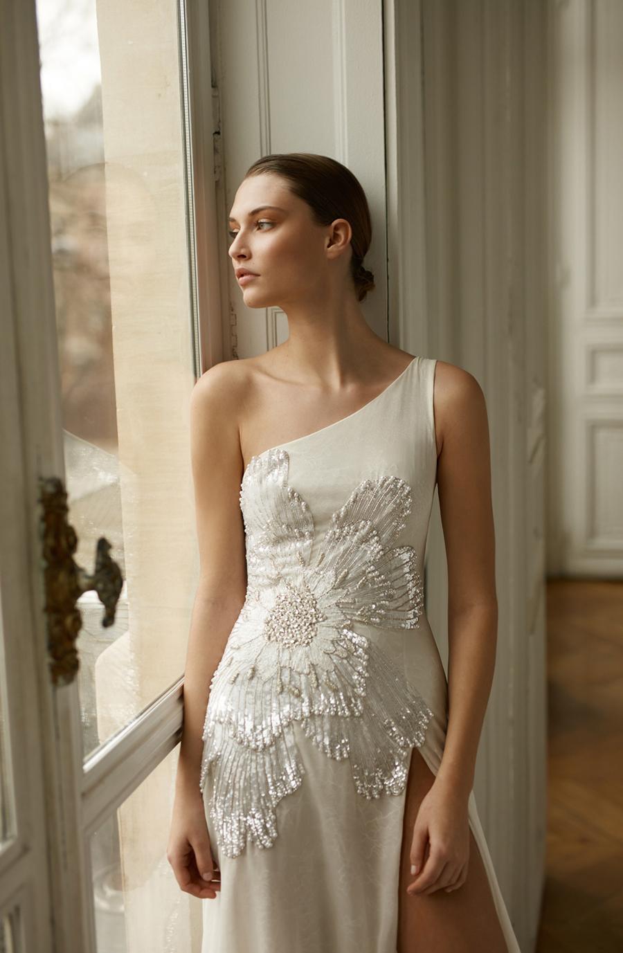 abigail  dress photo