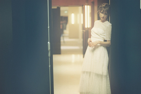romance dress photo 4