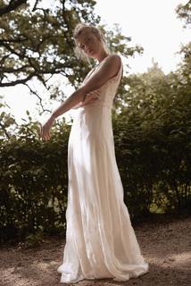 nameless grace dress photo 3