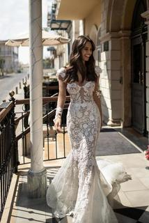 lindsay dress photo 2