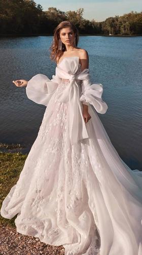 meghan dress photo