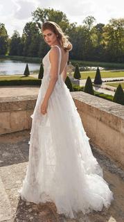 priyanka dress photo 3