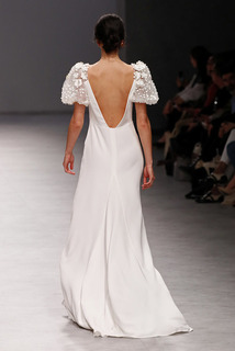 leonora  dress photo 3