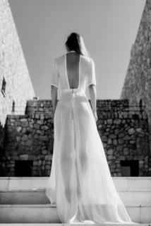 dress pure  dress photo 2