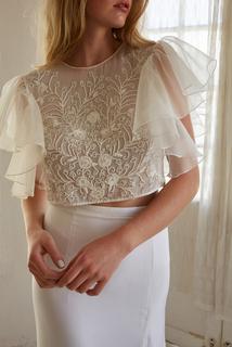 reno top dress photo 1