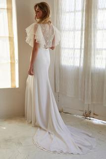 reno top dress photo 3