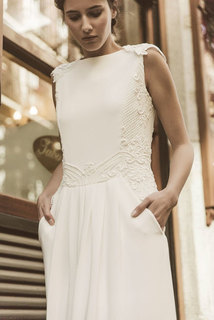 valeria dress photo 3