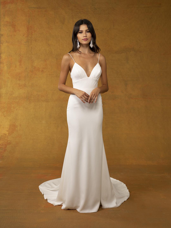 leon dress photo
