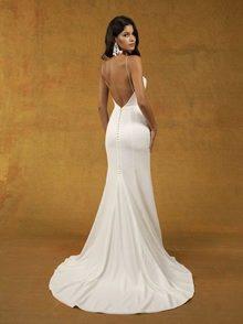 leon dress photo 2