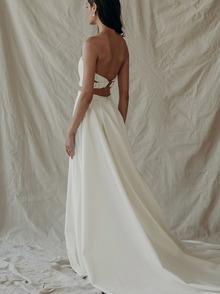 h.p. over skirt  dress photo 4