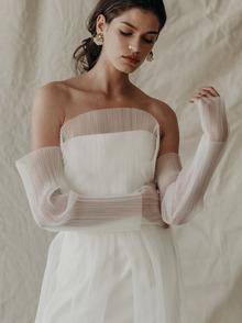 t.c. top dress photo 1
