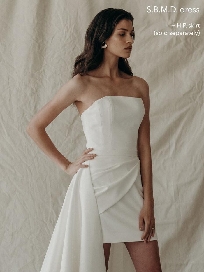 b. top dress photo