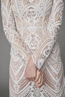 onika  dress photo 2