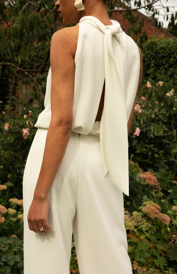 top-quality wedding outfits for under €1.5k inspiration photo 2