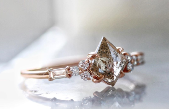 alternative engagement rings inspiration photo 9