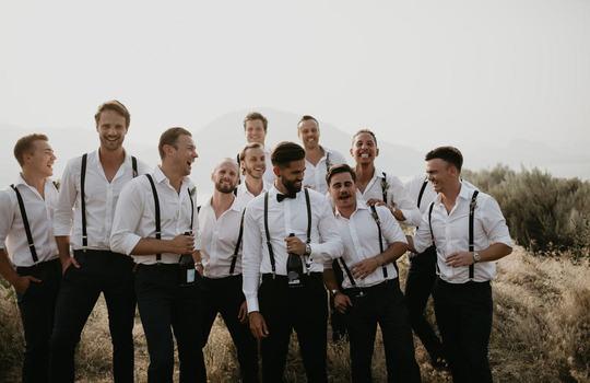 Main groomsmen