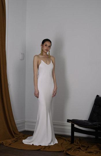spotlight on slip gowns inspiration photo 4