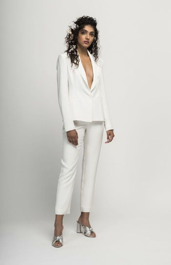 look no further for your civil ceremony outfit inspiration photo 9