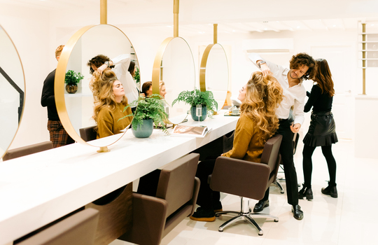 how to find your bridal hairstylist and the questions you should ask inspiration photo 2
