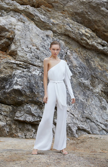 9 bridal jumpsuits we love right now inspiration photo 7
