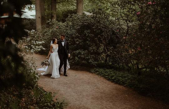 hannah and nicklas' castle wedding   inspiration photo 12